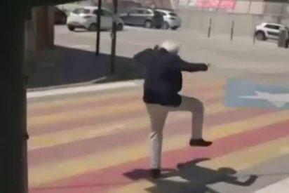 El tronchante vídeo del presidente de Tabarnia luchando contra la 'fiebre amarilla'