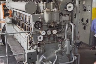 Así 'resucitan' el motor de un submarino nazi de la Segunda Guerra Mundial