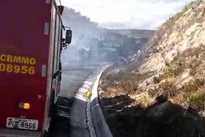 Varios muertos y decenas de heridos en choque de 11 vehículos en una carretera de Brasil