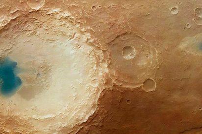 Científicos de la ESA hallan agua líquida en Marte