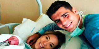 Alice Campello y Alvaro Morata; orgullosos padres de gemelos