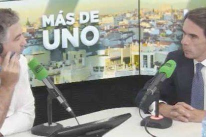 La amnesia de Aznar: Alsina le retrata por su dedazo en RTVE y pasa un calvario para enfrentarse a las acusaciones de García y Losantos