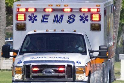 """Esta mujer con graves heridas ruega que no llamen a ambulancia por """"no poder pagarlo"""" en EE.UU."""