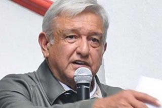 """AMLO cree que la multa del INE a su partido es una """"vil venganza"""""""