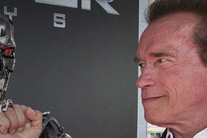 Arnold Schwarzenegger aplasta una limusina… ¡Montado en un tanque!