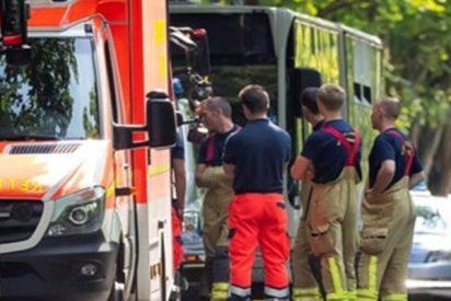 Ataque con cuchillo en un autobús en Alemania deja más de 10 heridos