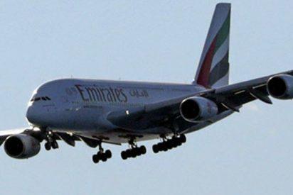 Este avión histórico con 13 pasajeros se estrella en un aeropuerto de Texas, EE.UU.