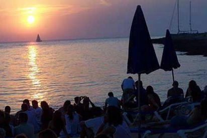Ibiza, destino favorito de alemanes, ingleses e italianos, se prepara para la catástrofe