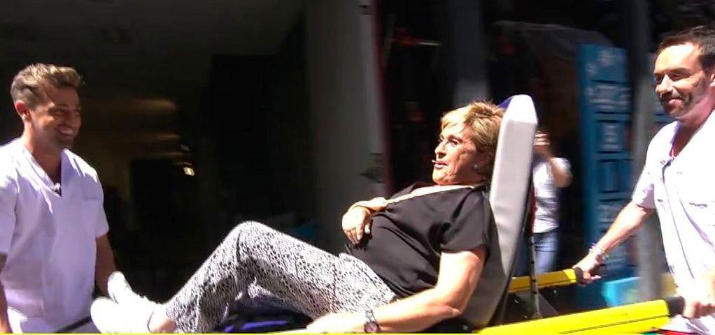 """La payasada a la que se prestó Chelo García Cortes en su regreso a """"Sálvame"""" tras su accidente"""