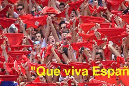 """Cantan """"que viva España"""" en el chupinazo y los pro etarras terminan en batalla campal contra ellos"""