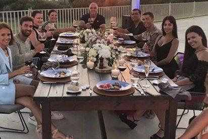¿Sabes de cuánto fue la propina que dejó Cristiano Ronaldo en esta cena en Grecia?