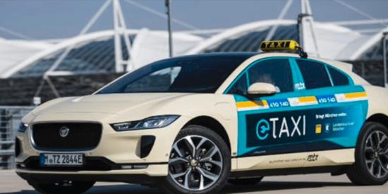 ¡I-PACE haciendo los honores!primera flota de taxis eléctricos en Múnich