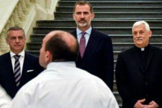 """El Rey exhorta a la Universidad a ser """"faro y guía"""" de la sociedad"""