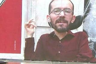 """La insolencia de 'Echeminga' cuando le abochornan con la nueva RTVE: """"Me asombra el nivel de rabia que tenéis"""""""