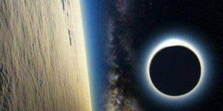 Eclipse solar visto desde la Estación Espacial Internacional