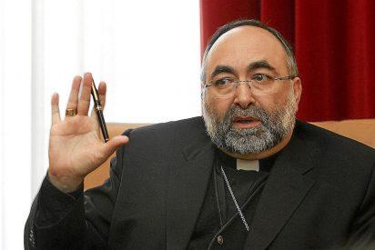Los fieles de Vegadeo critican al arzobispo de Oviedo por trasladar a su sacerdote