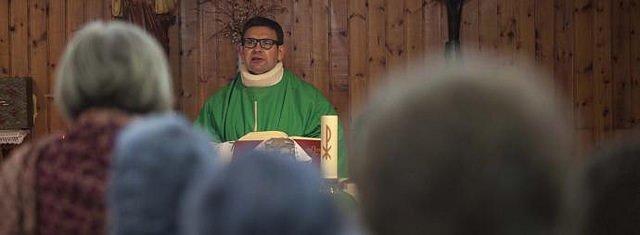 """""""La mala decisión de apartar al padre Alfonso de la parroquia de Santa María Magdalena"""""""