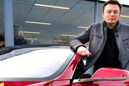 Un exempleado de Tesla acusa a la empresa de fraude
