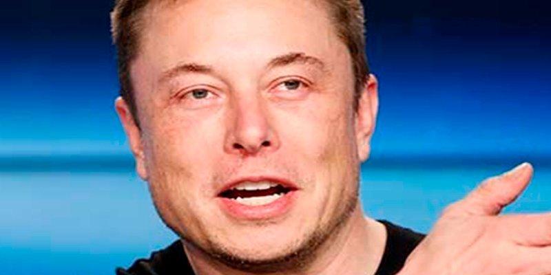 Elon Musk construye un mini-submarino para rescatar a niños atrapados en una cueva tailandesa