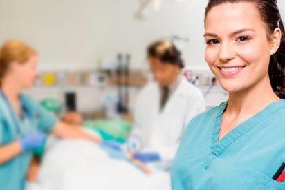 """Recomiendan a los titulados en Reino Unido homologar sus títulos de enfermería """"cuanto antes"""""""