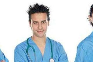 """Los enfermeros, """"optimistas"""" tras su primera reunión con Montón"""