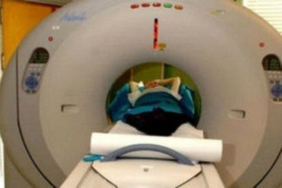 Encuentran 100 huevos de tenia en el cerebro de una niña de 8 años que sufría dolores de cabeza