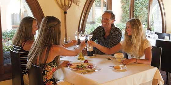 Doce experiencias gastronómicas para disfrutar en la Costa Daurada