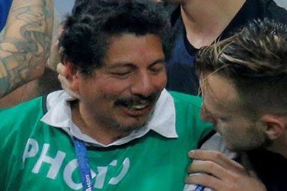 """El fotógrafo de AFP México cuenta cómo fue aplastado por una """"pirámide"""" de futbolistas croatas"""