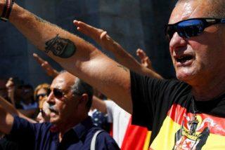 Centenares de franquistas protestan en el Valle de los Caídos contra la exhumación del dictador