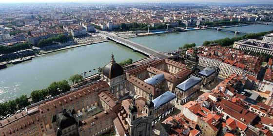 Dónde ir de compras en Lyon: Grand Hôtel-Dieu