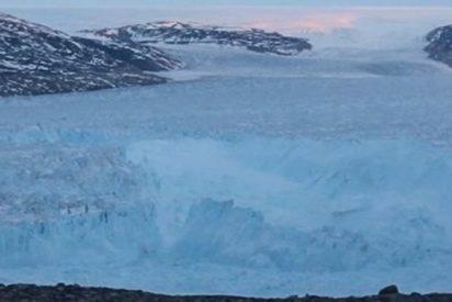 Este vídeo registra la rotura de un enorme glaciar en Groenlandia