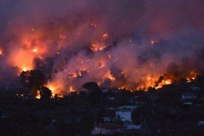 Son ya 23 los niños que han muerto abrasados en los incendios que cercan Atenas