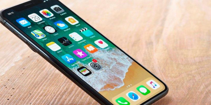 """Apple arregla el """"bug"""" geopolítico que bloqueaba tu iPhone"""