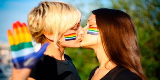Aplauden la recuperación de la reproducción asistida para lesbianas
