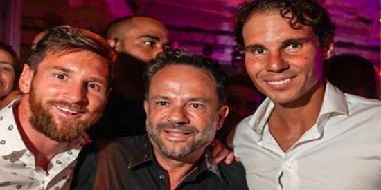 ¿Sabes quién es Francisco Ferrer, el hombre que aparece en todas las fotografías de LIO?
