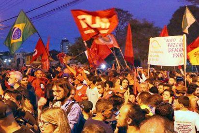 Los brasileños salen a las calles para exigir liberación de Lula da Silva