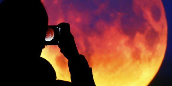 Viernes de la luna roja, el eclipse lunar más largo del siglo