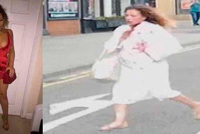 El momento exacto en el que esta mujer escapa del hotel en el que le acaban de cortar el cuello