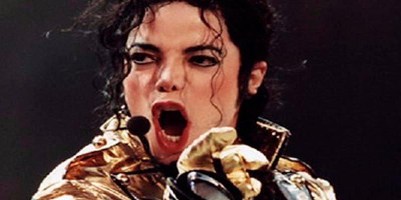 """El médico de Michael Jackson revela que el célebre cantante fue """"castrado químicamente"""" por su padre"""