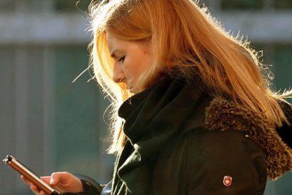 ¡Terrible!: Publicación falsa hace creer a una madre que su hija se ha suicidado por 'bullying'