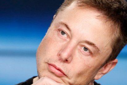 Musk muestra una prueba del 'minisubmarino' creado para rescatar a los niños de Tailandia