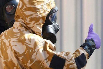 Hallan un recipiente con Novichok en casa de uno de los envenenados en Reino Unido