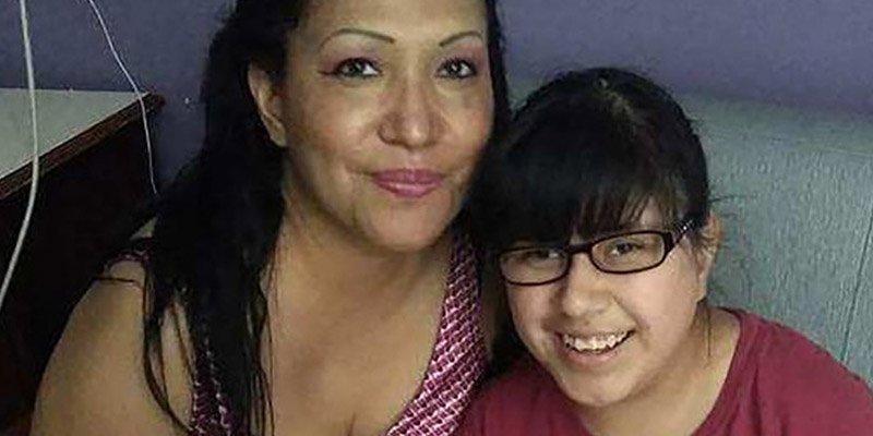 Decapitan a una niña tras presenciar el asesinato de su abuela en un cementerio