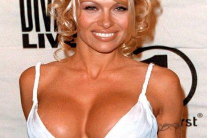 Pamela Anderson en bikini a sus 52 años; ya les gustaría a muchas de 20