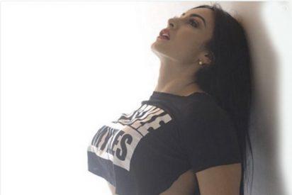 Esta modelo pide en Twitter que le digan 'algo rico' con una foto sexy y pasa esto…