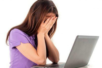 Ya es un accidente laboral común el desprendimiento de retina trabajando delante del ordenador