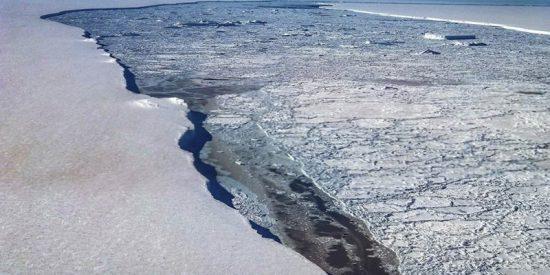 Si se derriten estas dos placas de hielo, el mar aumentará 22 milímetros