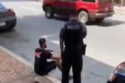 Este policía de EE.UU. usa un táser contra una persona sentada e indefensa