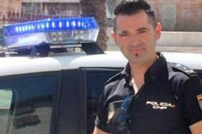 Policía devuelve a unos padres en apuros la indemnización por una lesión que le causó su hijo