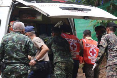 Así fue el rescate de 4 de los 12 niños atrapados en una cueva en Tailandia